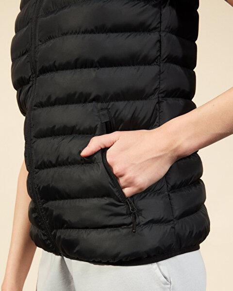 Outerwear W Basic Lightweight Vest Kadın Siyah Yelek-3